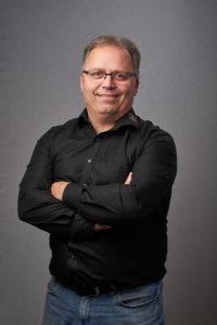 Ulrich Pedersen 13003 200x300 - Kontakt